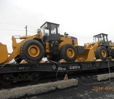 大型铲车铁路运输